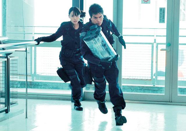 Drama-MAX-Dog-x-Police-Hayato-Ichihara-B